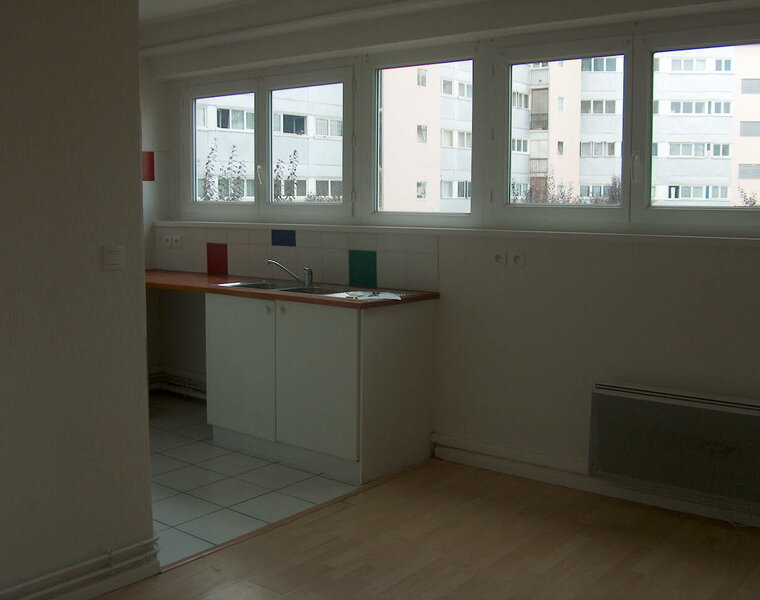 Renting Apartment 2 rooms 34m² Pau (64000) - photo