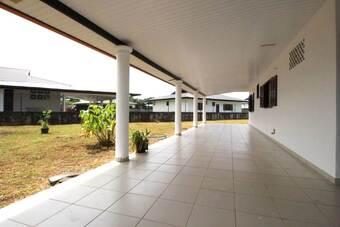 Location Maison 4 pièces 99m² Matoury (97351) - photo