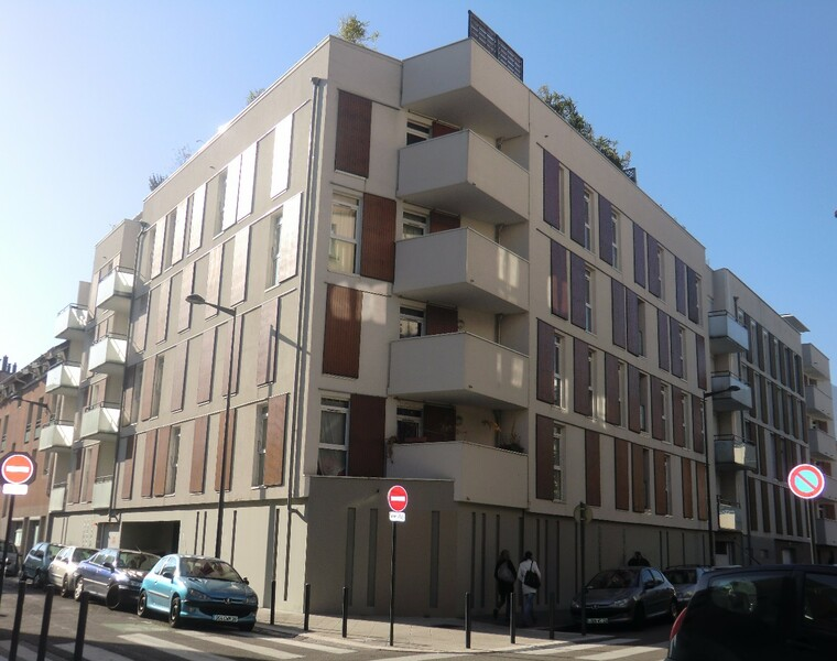 Location Garage 13m² Grenoble (38000) - photo