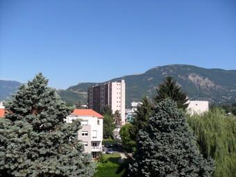 Location Appartement 4 pièces 86m² Saint-Martin-d'Hères (38400) - photo