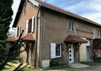 Renting Apartment 3 rooms 71m² Lure (70200) - Photo 1