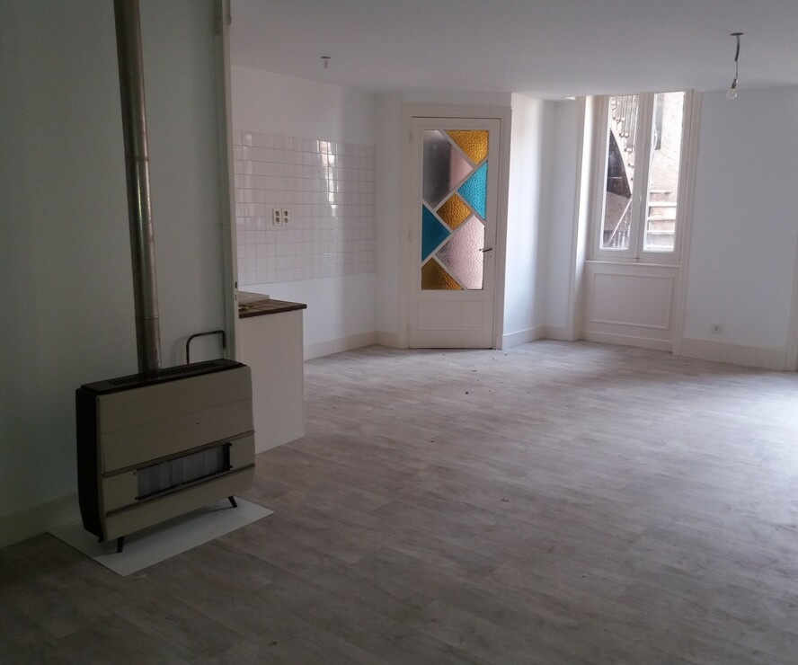 Location Appartement 62m² Charlieu (42190) - photo