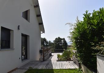 Vente Maison 6 pièces 197m² Charnècles (38140)