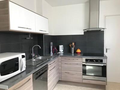 Vente Appartement 3 pièces 67m² Saint-Jean-Bonnefonds (42650) - Photo 2