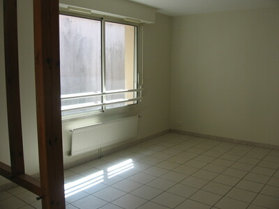 Location Appartement 2 pièces 46m² Dax (40100) - Photo 3