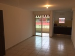 Location Appartement 3 pièces 61m² Sainte-Clotilde (97490) - Photo 3