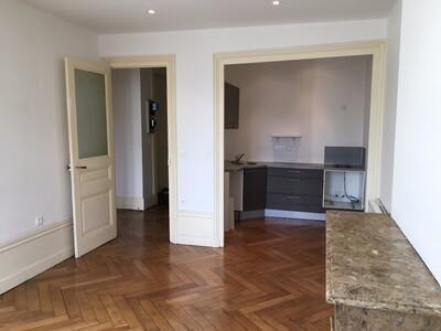 Location Appartement 3 pièces 60m² Saint-Étienne (42000) - Photo 2