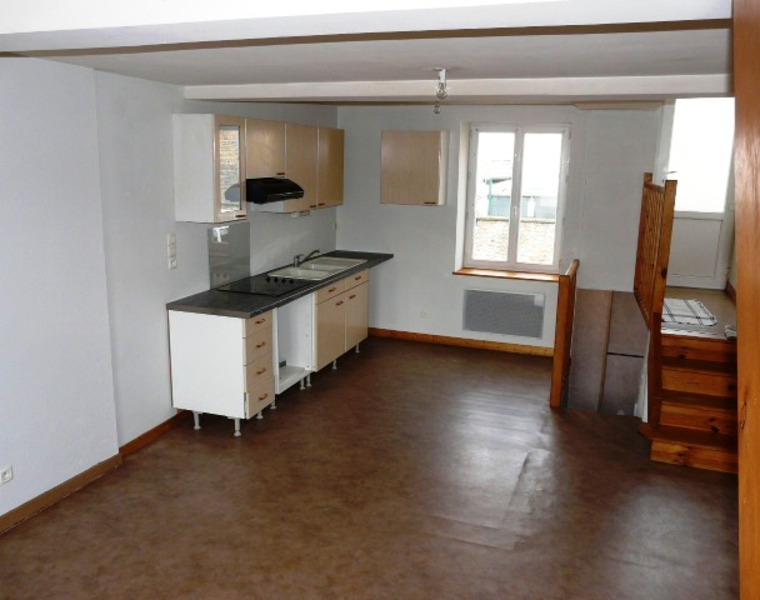 Location Maison Bourg-de-Thizy (69240) - photo