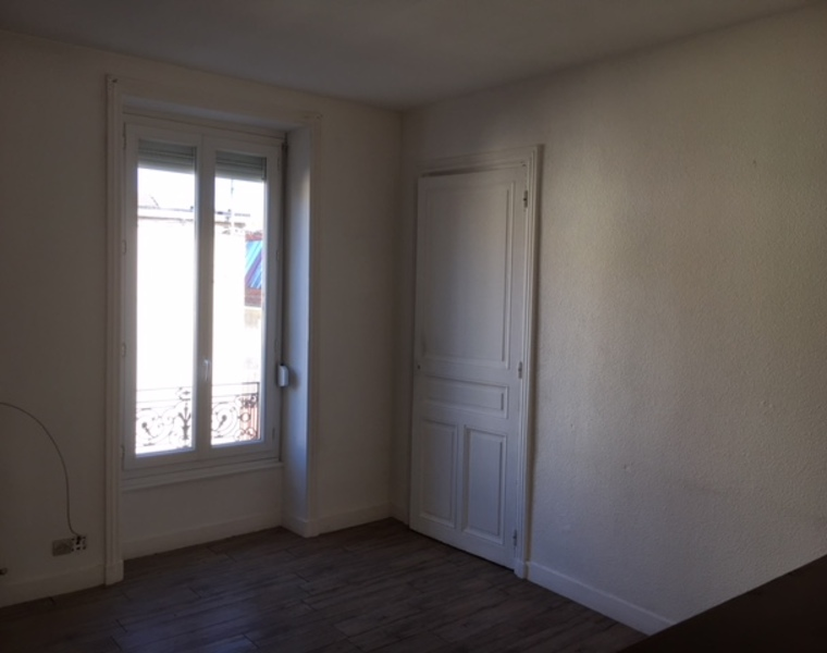 Location Appartement 2 pièces 42m² Roanne (42300) - photo