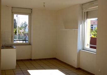 Location Appartement 3 pièces 54m² Les Abrets (38490) - Photo 1
