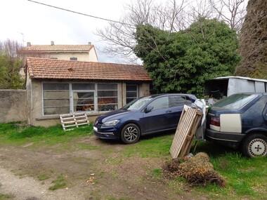 Sale House 1 room 70m² Lauris (84360) - photo