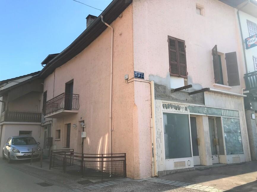 Vente Immeuble 8 pièces 200m² Saint-Genix-sur-Guiers (73240) - photo