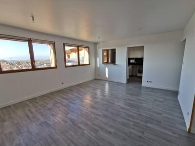 Renting Apartment 3 rooms 79m² Broué (28410) - Photo 1