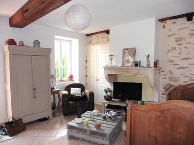 Location Maison 2 pièces 50m² Givry (71640) - photo