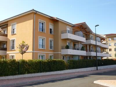 Location Appartement 2 pièces 74m² Savigneux (42600) - photo