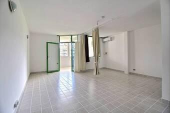 Location Appartement 1 pièce 42m² Cayenne (97300) - Photo 1