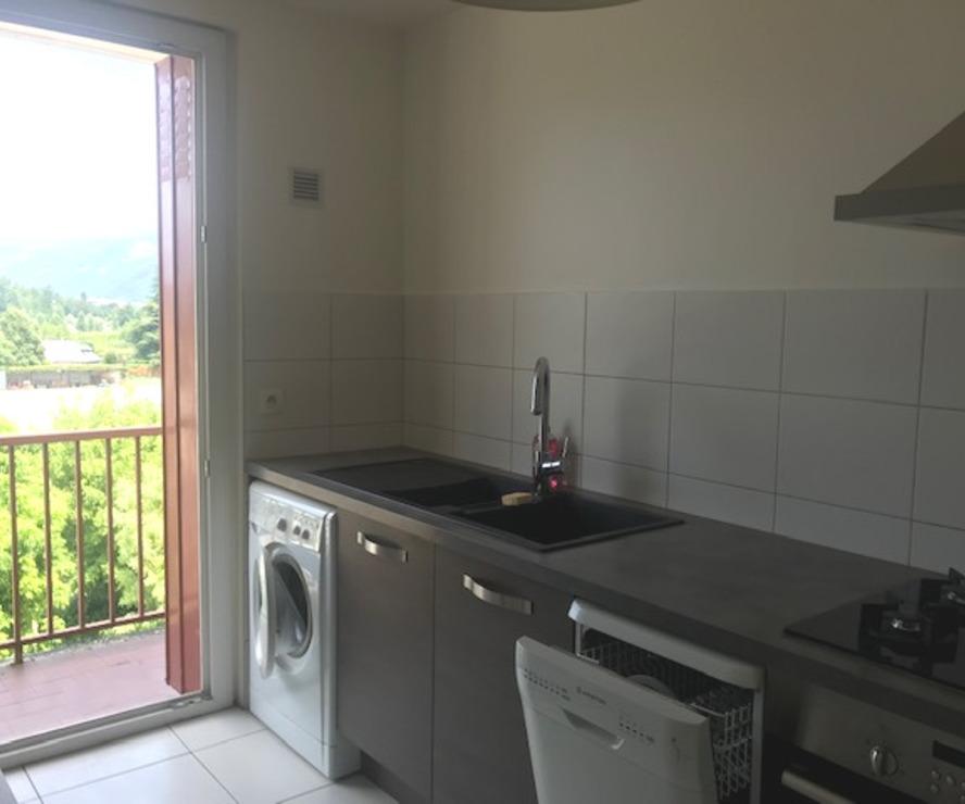 Location Appartement 4 pièces 79m² Gières (38610) - photo