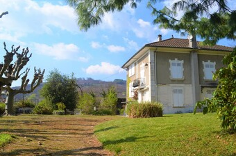 Vente Maison 9 pièces 200m² Le Grand-Lemps (38690) - Photo 1