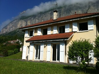 Location Maison 7 pièces 170m² Biviers (38330) - Photo 1