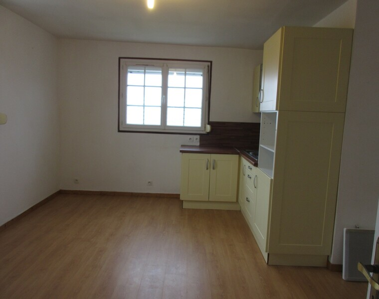 Location Appartement 2 pièces 38m² Saint-Aquilin-de-Pacy (27120) - photo