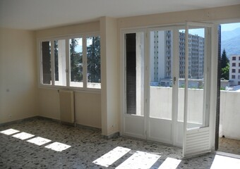 Location Appartement 3 pièces 86m² Saint-Martin-d'Hères (38400) - photo