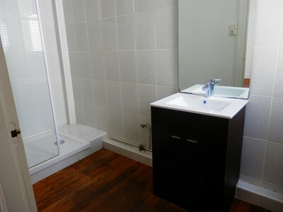 Location Appartement 6 pièces 187m² Dax (40100) - Photo 3