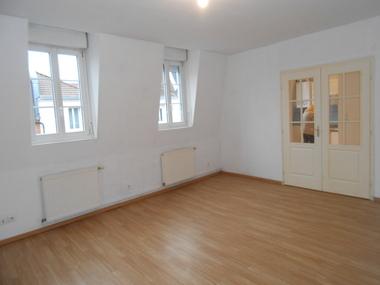 Location Appartement 4 pièces 85m² Chauny (02300) - photo