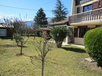 Sale House 6 rooms 131m² Échirolles (38130) - photo