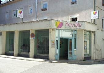 Vente Local commercial 8 pièces 130m² Montalieu-Vercieu (38390) - Photo 1