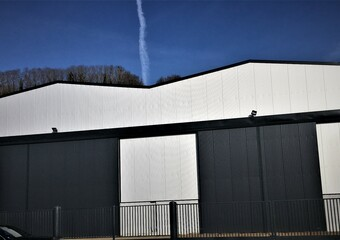 Location Local industriel 1 870m² Rogerville (76700) - Photo 1