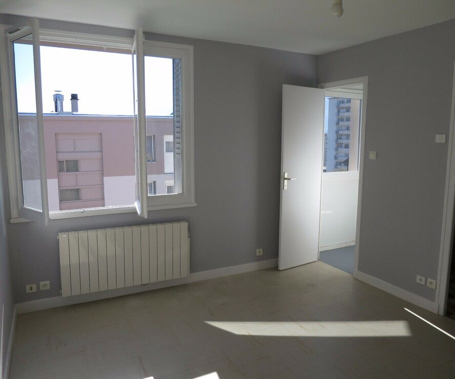 Location Appartement 2 pièces 42m² Saint-Martin-d'Hères (38400) - photo