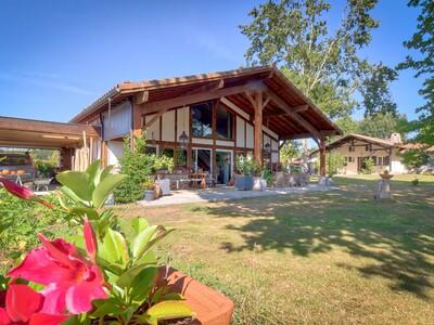 Vente Maison 13 pièces 390m² Soustons (40140) - photo