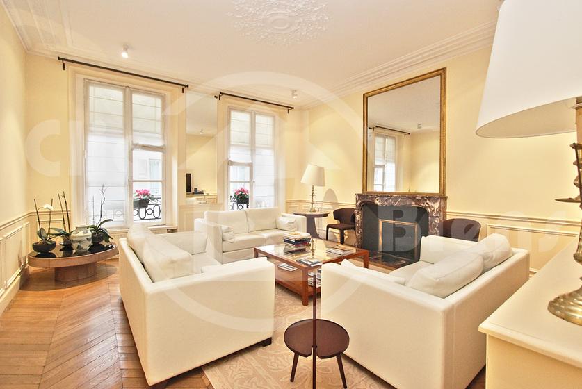 Location Appartement 4 pièces 115m² Paris 07 (75007) - photo