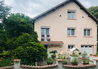 Sale House 6 rooms 122m² PROCHE VILLERSEXEL - Photo 1