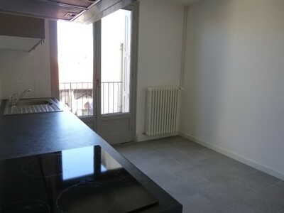 Location Appartement 2 pièces 59m² Saint-Étienne (42000) - Photo 11