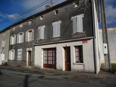 Vente Maison 5 pièces 146m² Pougne-Hérisson (79130) - photo