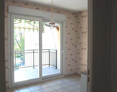 Location Appartement 4 pièces 88m² La Côte-Saint-André (38260) - photo