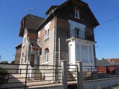 Vente Maison 7 pièces 220m² Chauny (02300) - photo