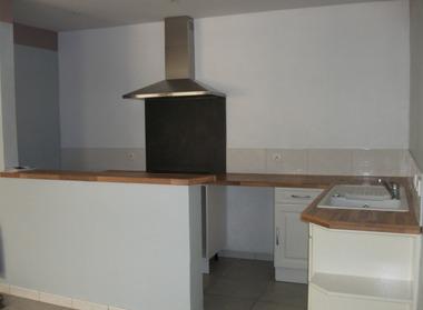 Location Appartement 3 pièces 67m² Chauny (02300) - photo