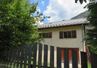 Sale House 4 rooms 70m² Le Bourg-d'Oisans (38520) - Photo 1