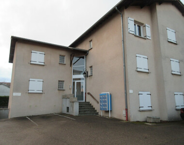Location Appartement 2 pièces 43m² Saint-Laurent-de-Mure (69720) - photo