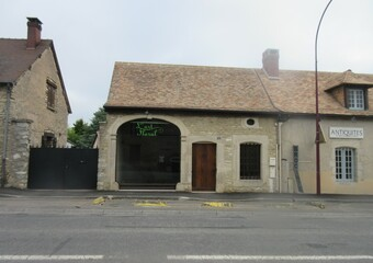 Location Local commercial 1 pièce 79m² Saint-Aquilin-de-Pacy (27120) - Photo 1