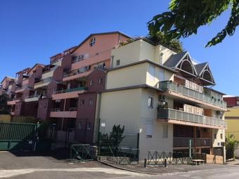 Location Appartement 2 pièces 46m² Sainte-Clotilde (97490) - photo