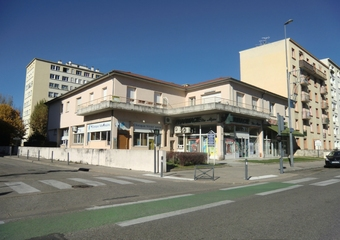 Location Garage 15m² Grenoble (38100) - photo 2