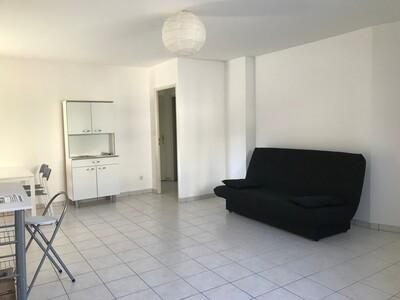 Location Appartement 3 pièces 66m² Saint-Étienne (42100) - Photo 10