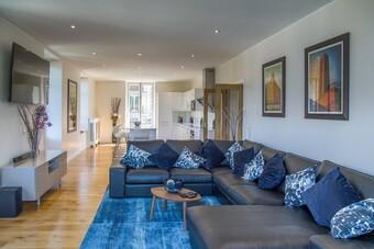 Sale Apartment 5 rooms 139m² SAINT GERVAIS LES BAINS - photo 2