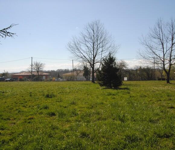 Sale Land 1 069m² SECTEUR RIEUMES - photo