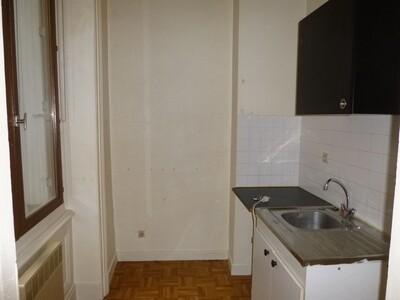 Location Appartement 3 pièces 44m² Saint-Étienne (42000) - Photo 3