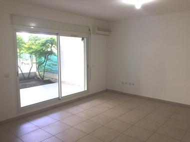 Location Appartement 2 pièces 39m² Saint-Denis (97400) - photo