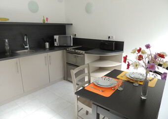 Renting Apartment 1 room 27m² Luxeuil-les-Bains (70300) - photo